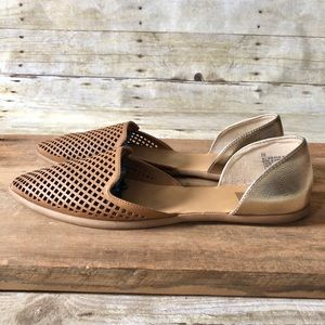 DV Tan and Gold Flats
